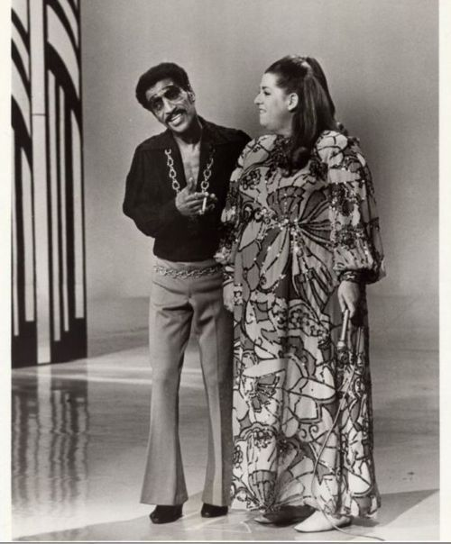 Mama Cass Elliot and Sammy Davis Jr. on The Hollywood Palace, 1969.