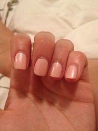 Peachy-pink Nail colour | H & M | Pinterest