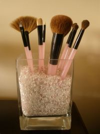 make up brush holder | DIY ORGANIZE | Pinterest