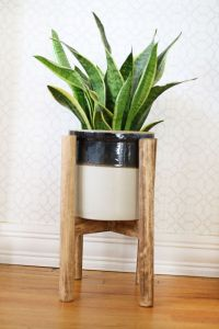 Wood Plant Stand | DIY | Pinterest