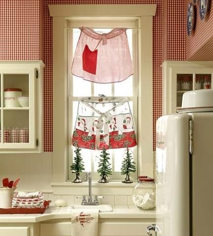 Aprons as kitchen curtains Too cute  kiTcHEn lOvE