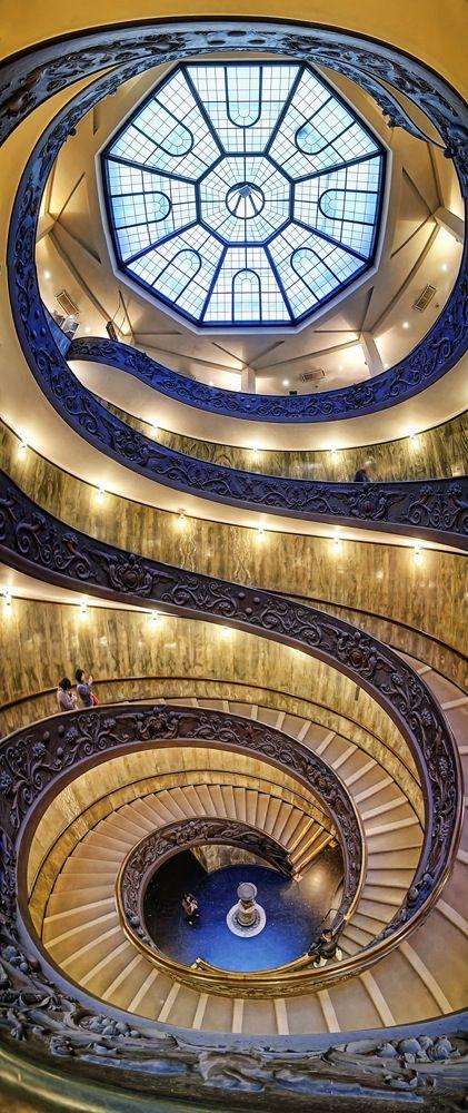 Silvio Zangarini - it wasn't this lit up when I went, but it was pretty! (Vatican museum)