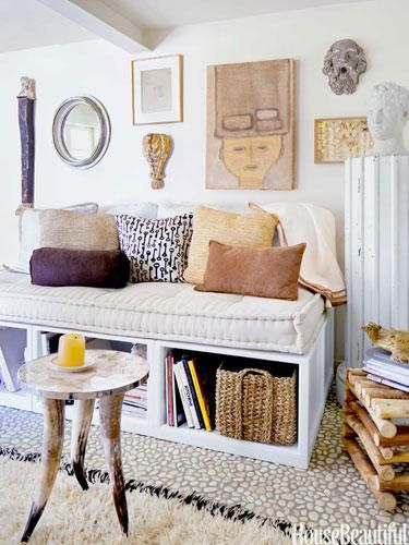 Living in a small space? Here are 11 great ways to maximize and decorate tiny spaces.