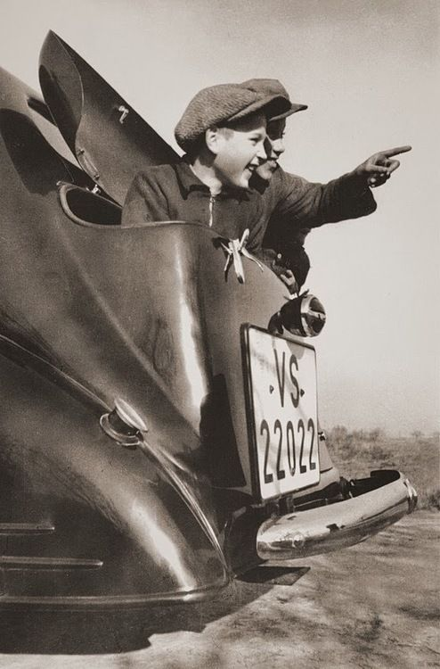 Paul Wolff  In the backseat, Germany, 1934