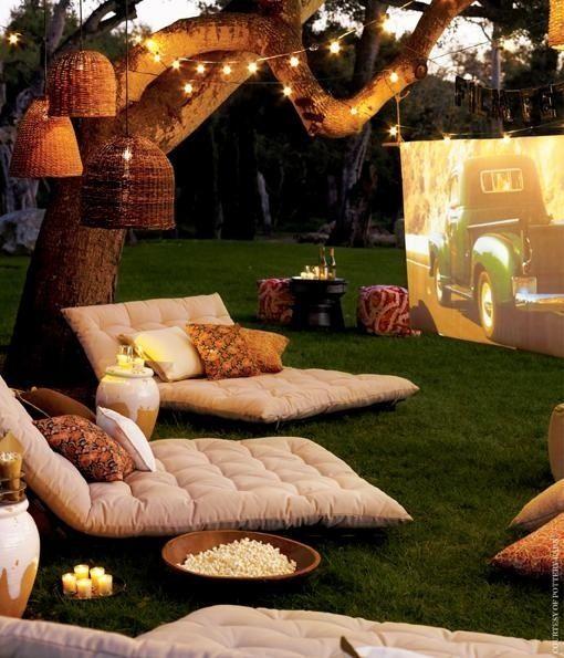 Noche de película en el jardín : Depto51