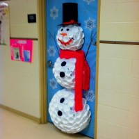 Snowman Christmas Door Decorating Contest | myideasbedroom.com