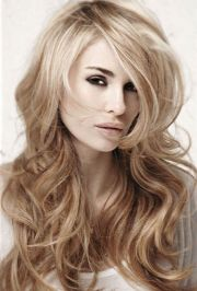 long blonde layered hairstyle