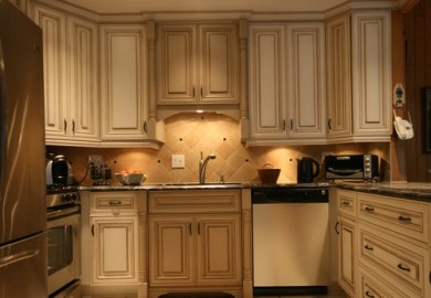 Article/4244ed/should My Kitchen Cabinets Go To The Ceiling