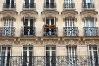 Apartment building with balcony in Paris | Places to see ...