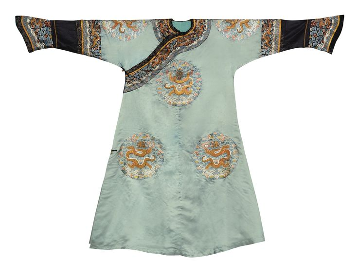 An Imperialembroidered green lady's semi-formal court robe, Qing dynasty, late 18th-early 19th century