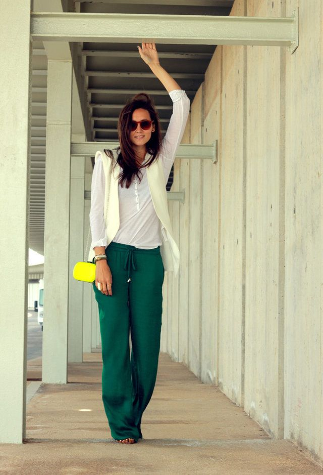 15 Trendy Street Style Outfits With Palazzo Pants - Fashion Diva Design