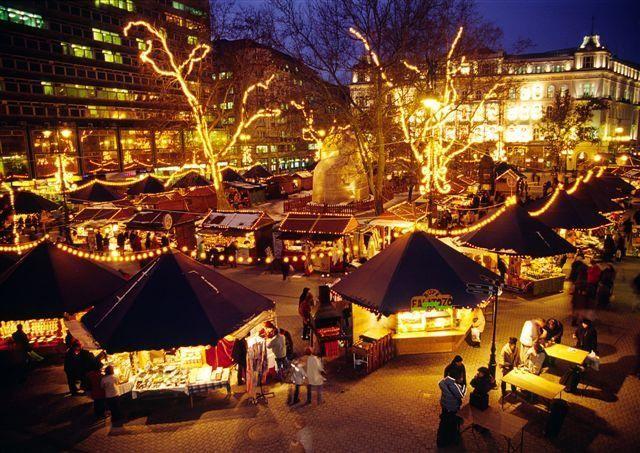 42 beautiful photos of Christmas in Budapest Hungary  Christmas Photos