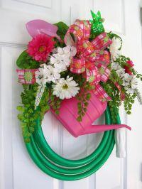 GREEN GARDEN HOSE Wreath- Watering Can- Shovel- Windmill ...