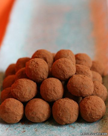 Recipe for Perfect Chocolate Truffles from Martha Stewart <-- #WinePairing: Sutter Home Cabernet Sauvignon