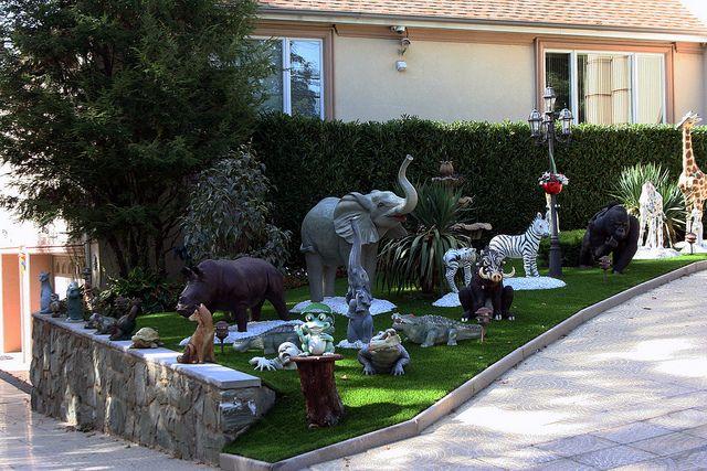 Front Yard Lawn Ornaments