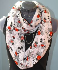 Disney Mickey & Minnie Infinity Scarf