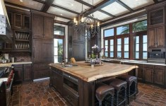 19 Very Beautiful Kardashian Kitchen That You Will Want To Live In