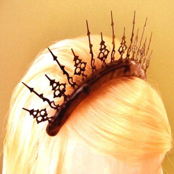 Steampunk Tiara Inspiration (made from clock hands)