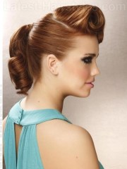 rockabilly-inspired ponytail