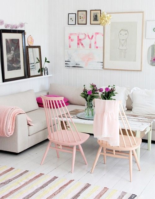 hot pink accents show a little attitude