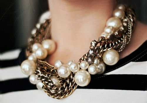Chains & pearls.