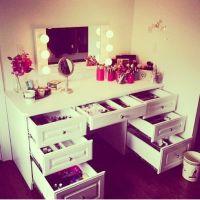 Makeup vanity desk and drawers   Make Over Me Make-up ...