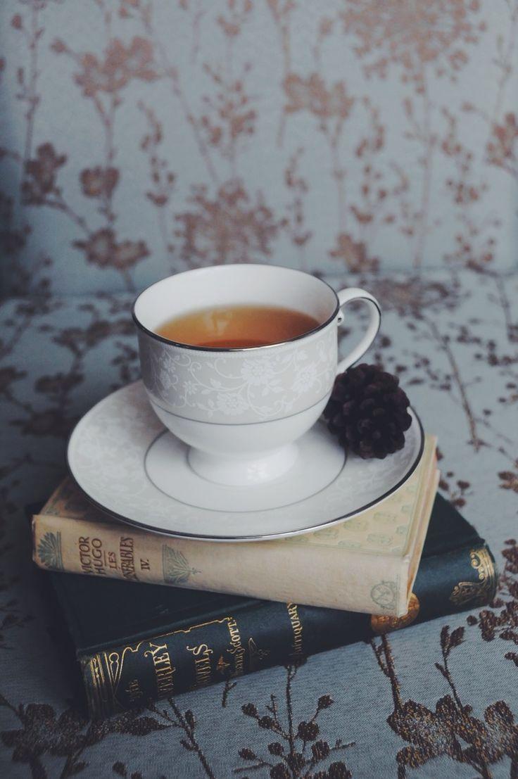 Busy Burrow Mulberry Tea
