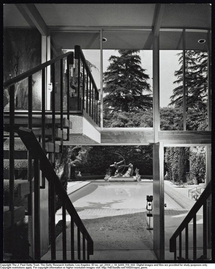 Staude House - Valley Oak Drive, Los Angeles 1960 - Photo: Julius Shulman - Getty Research Institute