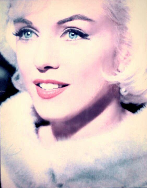 """Marilyn during filming of """"Something's Got To Give"""" 1962"""