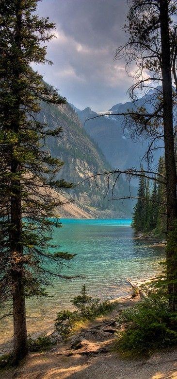 Moraine Lake, Banff National Park Alberta, Canada