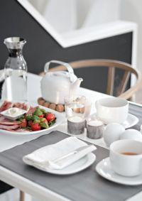 Breakfast table, table setting   Home   Pinterest