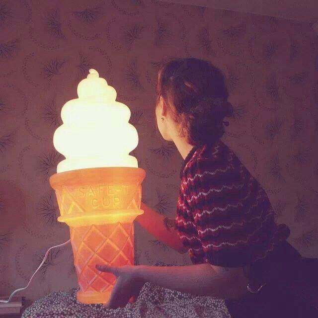 Ice cream light
