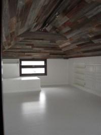 Barn wood ceiling | Barn Wood Crafts | Pinterest