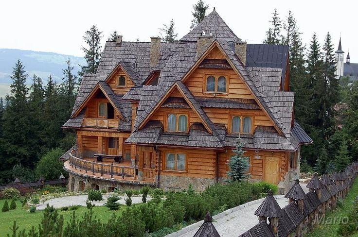 Wood Cabin Mountains
