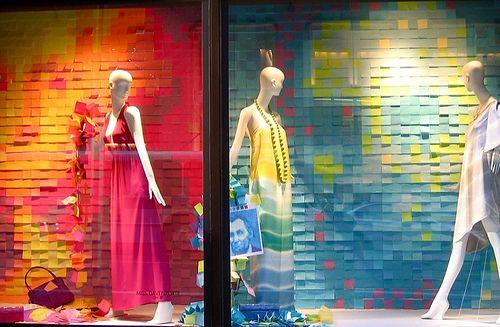 Creative Store Display Ideas   Window Display   itsybitsybrianna