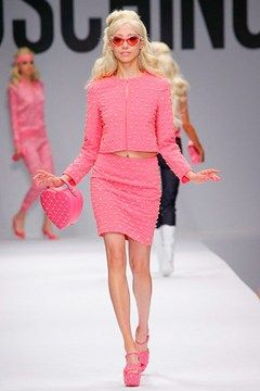 moschino elle woods pink barbie spring 2015