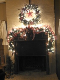 Christmas Decorating Fireplaces Pinterest | Ideas ...