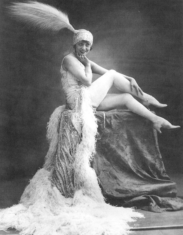 Mistinguett (5 April 1875 – 5 January 1956) was a French actress and singer, whose birth name was Jeanne Bourgeois. She was at one time the best-paid female entertainer in the world.[1]