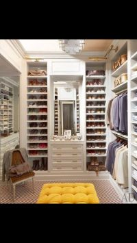 Custom walk-in closet | Design-home | Pinterest