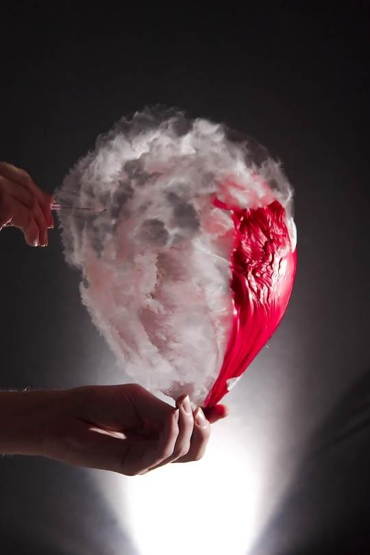 Pop #balloon #photography #mostamazingphotography