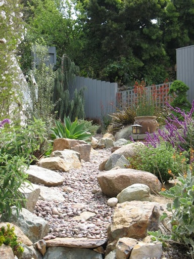 dry riverbed yards scape ideas