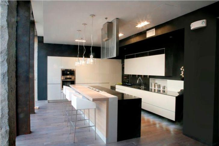 Kitchen Showrooms Design Layout Ideas