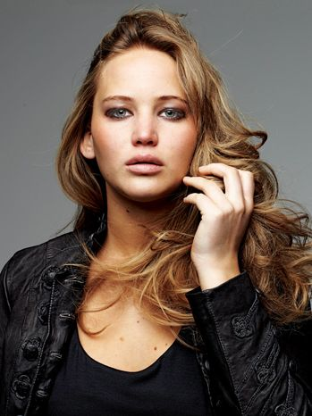 Jennifer Lawrence was a big reader favorite when I asked who should play Maximum Ride. Do you agree?