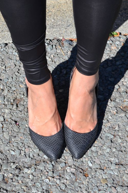leather leggings & pumps