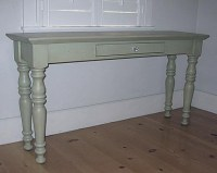 """Farmhouse Sofa Table 