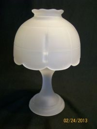 Vintage westmoreland glass fairy lamp mini candle lite