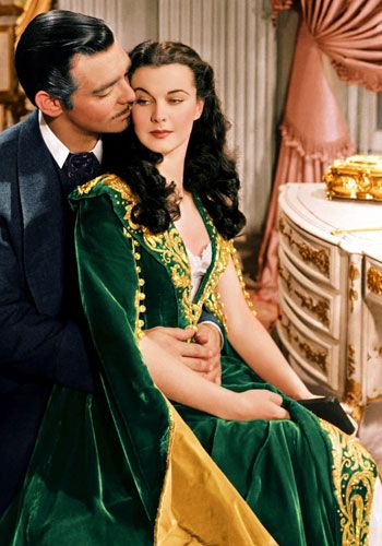 "Is that a #BaylorProud dress Scarlett O'Hara is wearing in ""Gone With The Wind""? #SicEm"