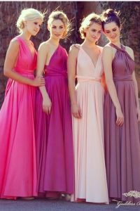 Bridesmaids. Love the pretty color and greek goddess style.