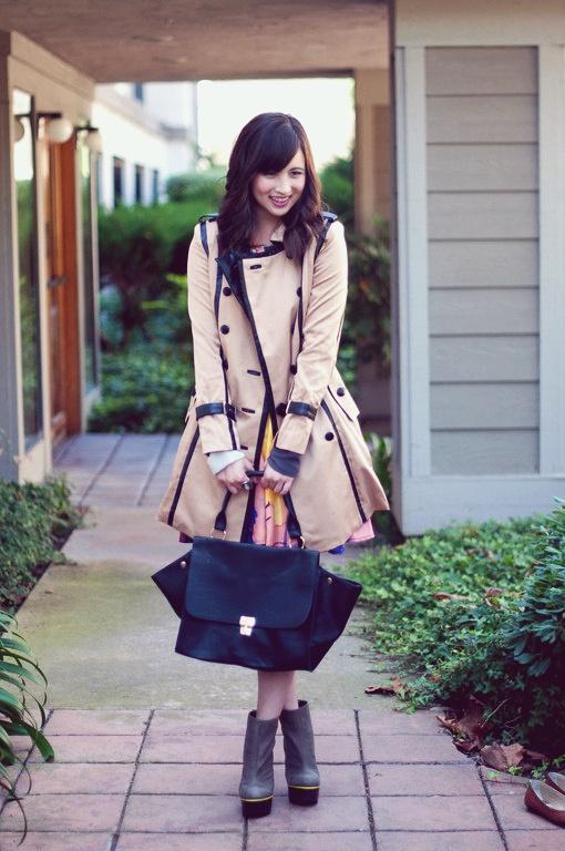 Tan & Black contrast trim trench coat. Perfect!