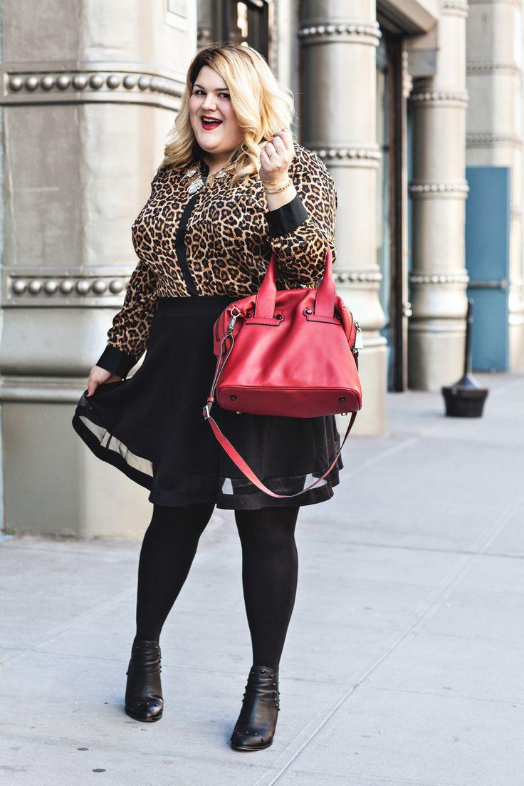 blogging babe Nicolette Mason wears the Seduction Satchel on date night